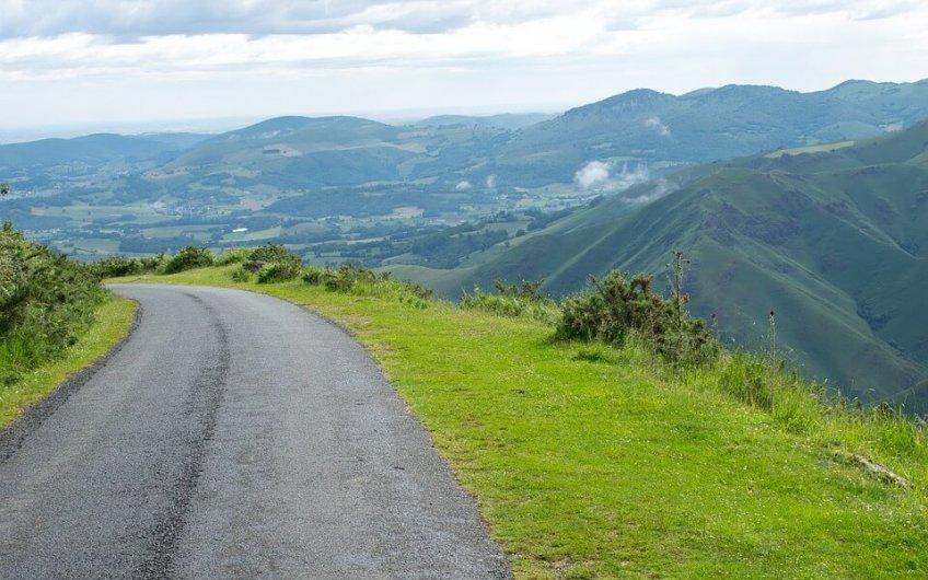 spectacular roads in Spain